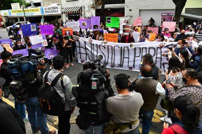 Familiares de jóvenes atropelladas en CDMX instan a buscar a presunto responsable