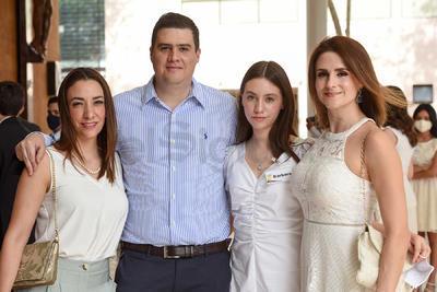 Susana, Charly, Bárbara y Dora.