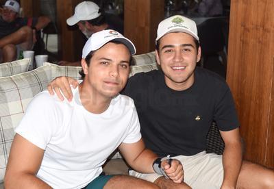 David y Víctor.