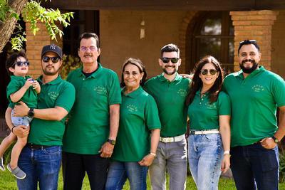 Arnoldo García, Rosario Ávalos, Alejandro Ávalos, Arnoldo Ávalos, Leonardo García y Elis Delgado.