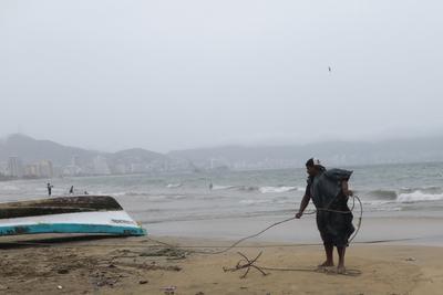 Tormenta 'Dolores' provocará lluvias en oeste y sur de México