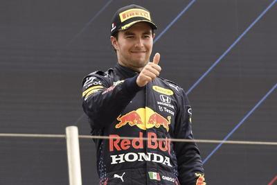 'Checo' Pérez logra su podio 12 en la Fórmula Uno