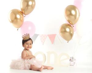 20062021 La niña Luciana Villegas Aguilera en su sesión fotográfica por motivo de su primer año de vida. Estudio caja mágica.