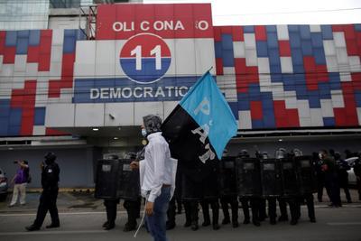 Jóvenes protestan contra corrupción en Panamá