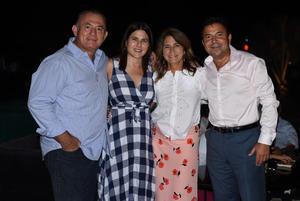 01072021 Juan Ortueta, Susana González, Moisés Arce y Adriana de Arce.
