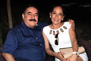 01072021 Mario Alanís y Patricia Cabrera de Alanís.