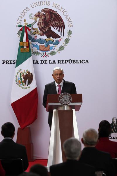 López Obrador presenta informe a tres años de su victoria electoral