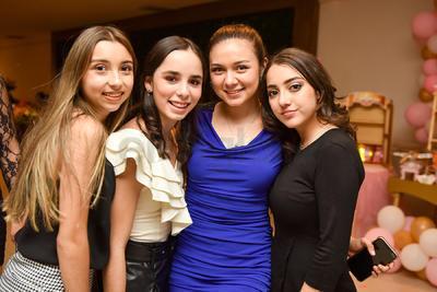 Frida, Eugenia, Ana Victoria y Andrea.