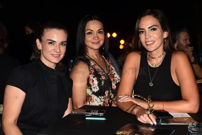 Cecy Flores, Rocío Betancourt y Priscila Ramírez.