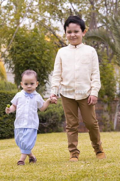 Matías y Santiago.