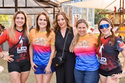 Karina, Rocío, Rita, Ana Cecy y Lili.