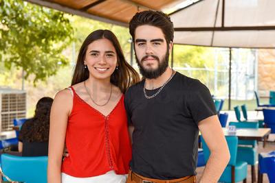 Ana María Muñoz y Alfredo Máynez