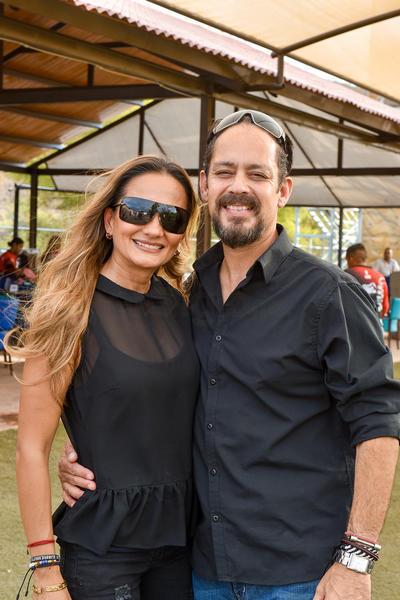 Erika García Mora y Sergio Moraila.