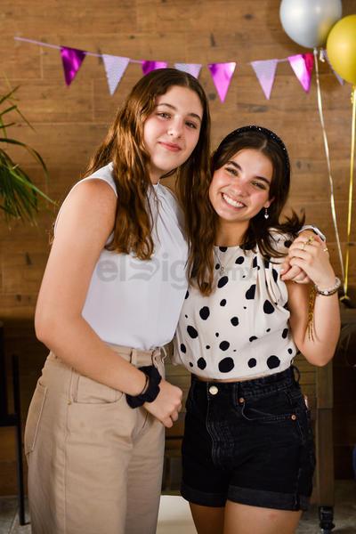 Viviana Ruiz y Valeria Sada.