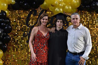 Juliana Teixeira, Lucas González y Daniel González.