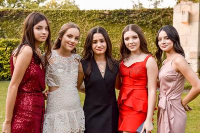 Mariana, Andrea, Melisa, Majo y Martita.