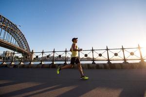 09072021 CUÍDATE.  Evita caer en el calentamiento equivocado antes de correr, podría provocarte lesiones.