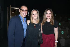 10072021 Ismael Gutiérrez, Lisette Aguiñaga y Linda Fernández.
