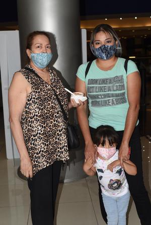 12072021 Rosaura López, Griselda Méndez y Aylín Martínez.