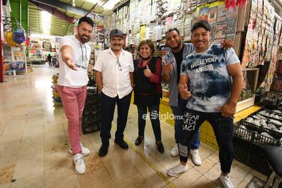 Tropicalísimo Apache    Tropicalísimo Apache en el mercado Juárez Torreón