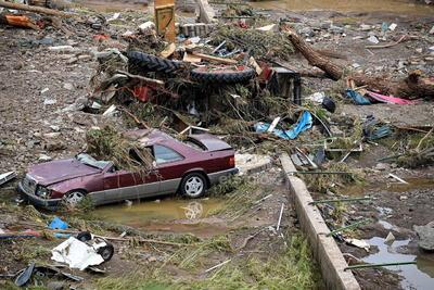 El monto de las ayudas necesarias todavía no ha sido calculado porque no hay una estimación total de los daños ocasiones por el temporal. Los servicios meteorológicos del país prevén que las intensas lluvias remitan en las próximas horas.