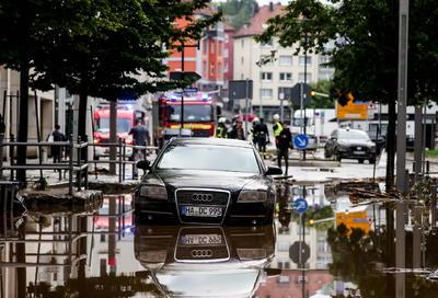 'La situación sigue siendo dramática, sigue habiendo personas desaparecidas', dijo Laschet en declaraciones recogidas por medios alemanes.