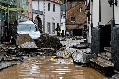 'Vivimos unas inundaciones de dimensiones catastróficas. Somos una región acostumbrada a las inundaciones pero lo que vivimos es una catástrofe', dijo la primera ministra de Renania-Palatinado, Malu Dreyer.