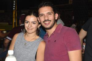 16072021 Ana Cris y Luis pasaron gratos momentos en el Estadio Revolución.