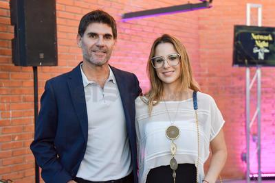 ANIVERSARIO. Miguel Ruiz y Sofía Berlanga en el primer aniversario de Nomadic Coworking Studio.