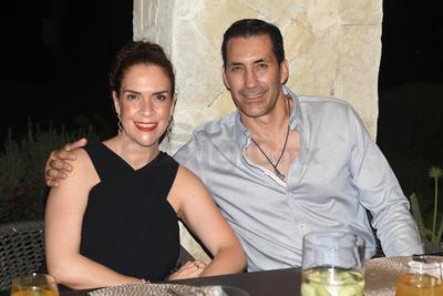 Ninfa y Poncho Garza Tijerina.