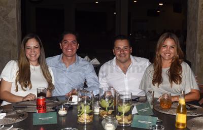 Brenda Ayala, Nacho Martínez, José Cozatl y Mariana Portillo.