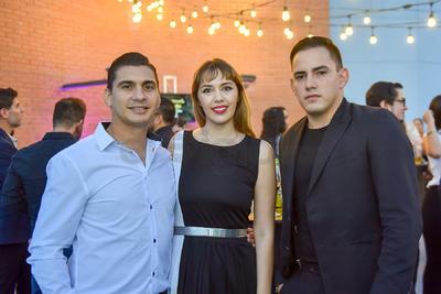 César López, Brianda Muñoz y Luis Fernando Muñoz.