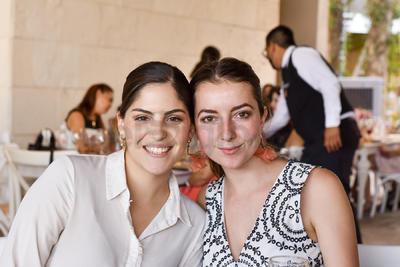Marcela Herrera y Jimena Espada