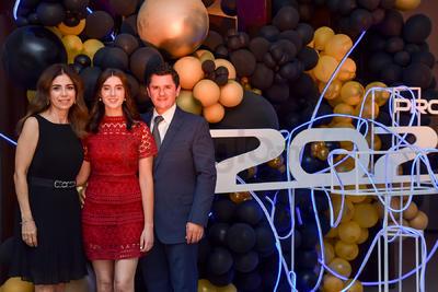 Sofía Rebollo con sus papás, María Rosa y Ricardo