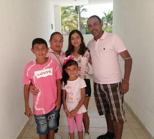 18072021 Familia Álvarez Cabello de vacaciones en Puerto Vallarta.