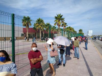 En esta Jornada masiva de vacunación participa personal de la Secretaría de Salud, del Instituto Mexicano del Seguro Social, Servidores de la Nación, Guardia Nacional, Ejército Mexicano, Tránsito y Vialidad Municipal y Protección Civil, entre otras.