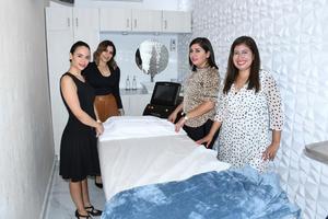21072021 También se presentó parte del mobiliario que se empleará al comenzar actividades en la nueva clínica.