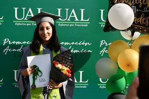 23072021 Faviola D'yanira Llanas Robles, egresada de bachillerato con el promedio más alto de su Generación 18/21, recibió el reconocimuento académico Maga Cum Laude.