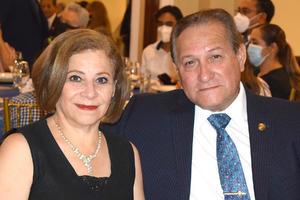24072021 Gaby Lugo y Mario Valdés.
