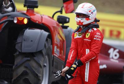'Checo' Pérez queda fuera del Gran Premio de Hungría tras accidente múltiple