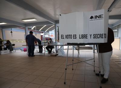 El 99.8 % de las mesas electorales para Consulta Popular abre en México