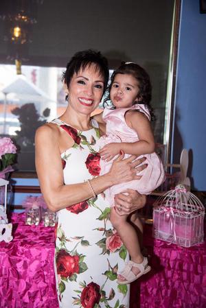 01082021 A semanas de tu partida, celebró con amor tu cumpleaños. ¡Vuela alto! Sra. María Anabel Samaniego de Muro.