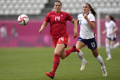 Canadá vence a EUA y va a la final de futbol femenil en Tokio 2020