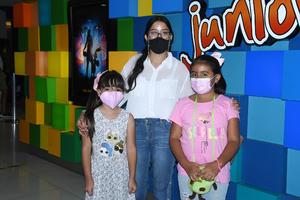 06082021 Soee Saldaña, Pamela Macías y Bárbara Rebelo.