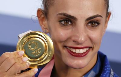 Israelí le quita el oro a Rusia en gimnasia rítmica