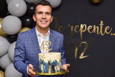 CUMPLEAÑOS. El exfutbolista 'Chato' Rodríguez festejó su cumpleaños junto a su familia y amigos.