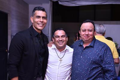 Jesús Manuel Sánchez, Victor Manuel Gómez y Oswaldo Sánchez.