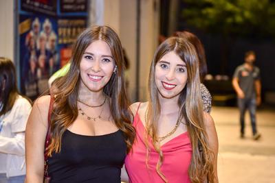 Linda y Paola Núñez.