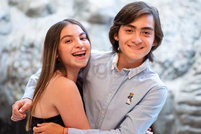 Los hermanos Carmen Gabriela y Manuel Ernesto Ramos Hernández celebran su cumpleaños.