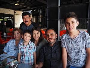 18082021 Familia Meza Esparza.